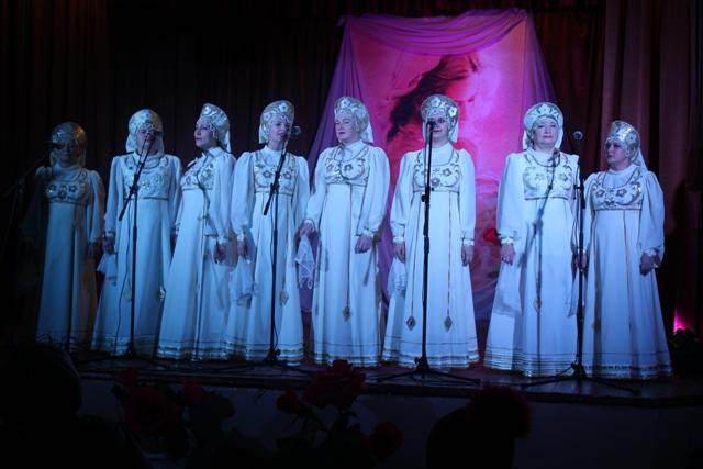 Отчетный концерт народного вокального ансамбля «Потуданочка»