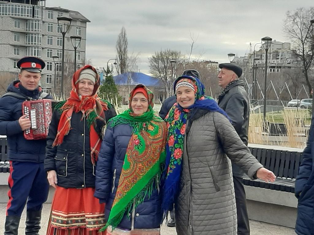 «Играй, гармонь!» в Воронеже - ОМСУ Репьевского муниципального района