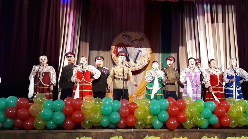Выступление казачьего ансамбля «Ясные зори» Shpilevoy A.V.